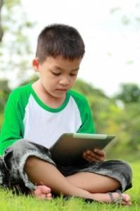 La tablette éducative : pourquoi les enfants adorent ?