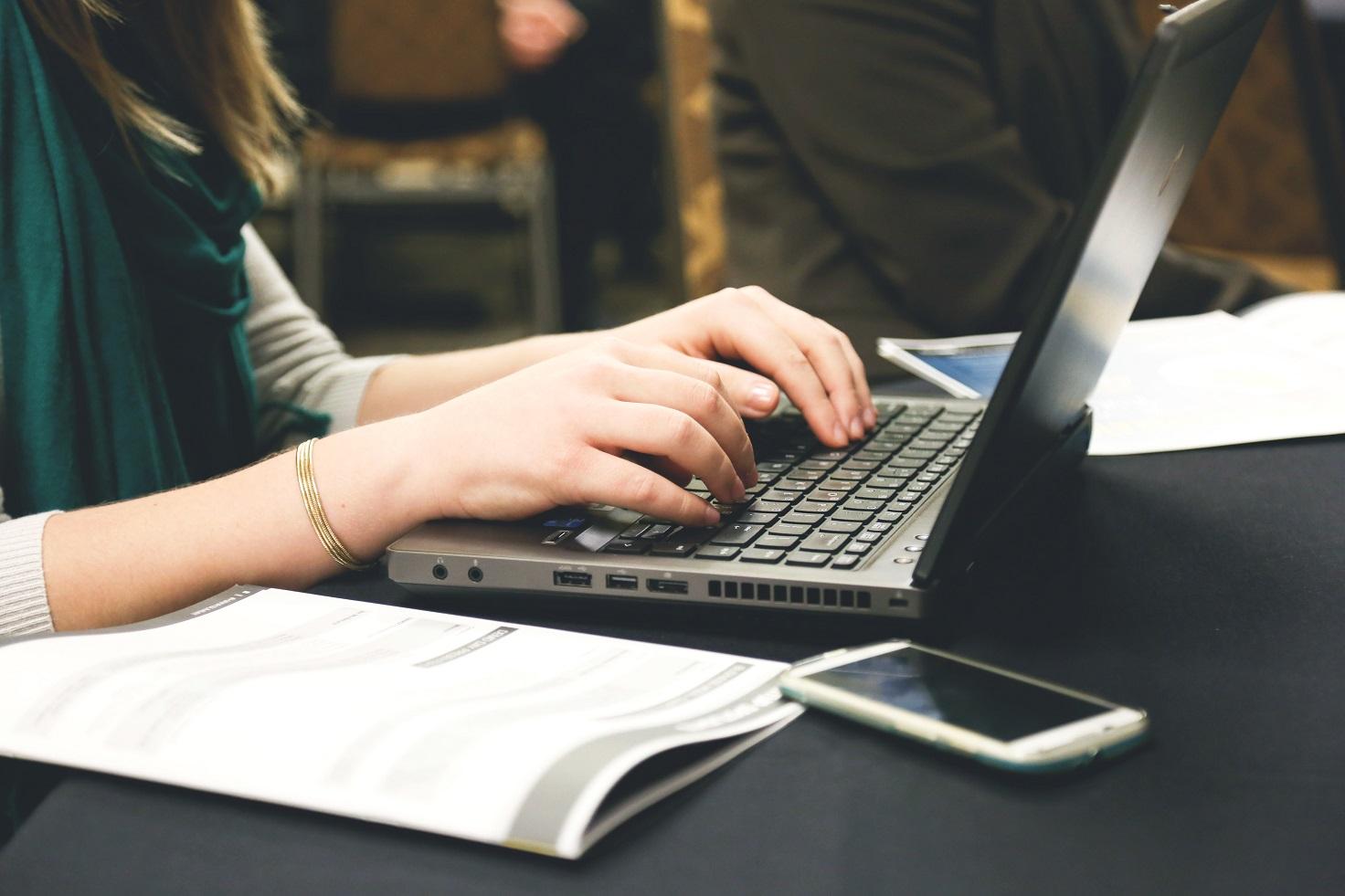 Une messagerie sécurisée pour les geeks connectés
